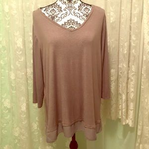 Apt. 9 tan tunic top shiny stretchy Sz 2X Plus